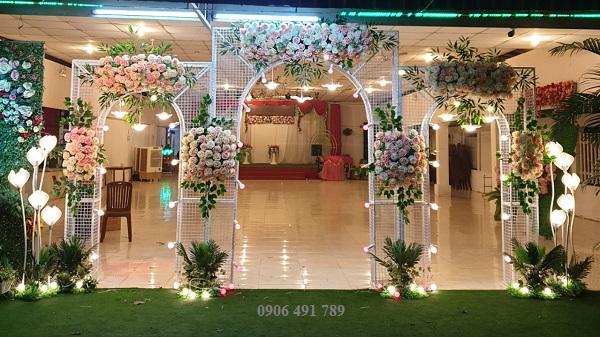 Cổng hoa giá rẻ